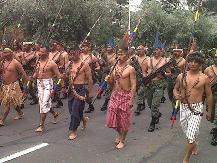 20120530204210-militares-ecuatorianos-en-desfile-del-24-de-mayo.jpg