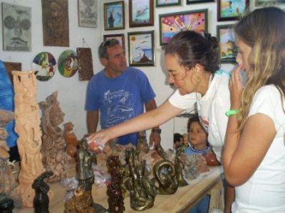 20121118021312-exposicion-de-artesanias.jpg