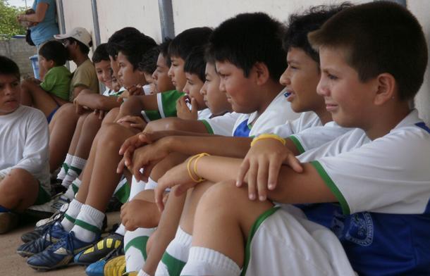 20110125000239-escuela-de-futbol.jpg