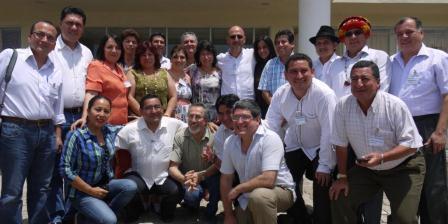 20130322065556-gobernadores-del-ecuador.jpg